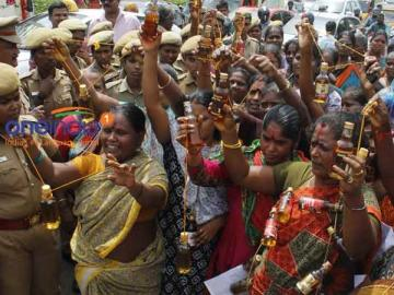 tamil dalit women in an anti liquor protest